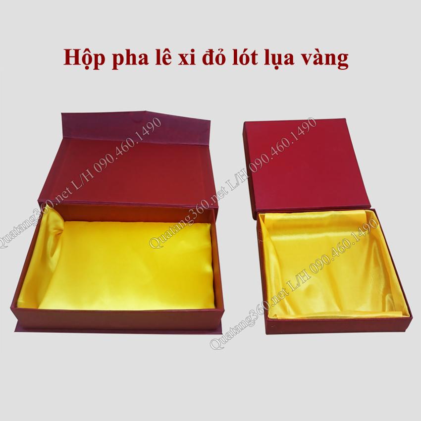 hộp đựng Kỷ niệm chương pha lê
